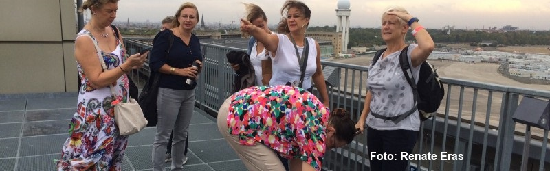 Gruppenführung im Flughafen Tempelhof